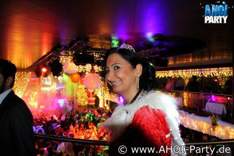 Weihnachtsfeier Schiff Köln.Ahoi Party Köln Die Weihnachtsfeierparty Mit Traumschiff Atmosphäre